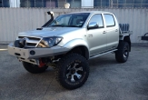 HILUX 4wd TRAYBACK (suits vehicles with OVERSIZE SPARE WHEEL)